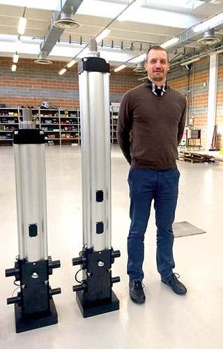 Gianpaolo Baracco, NSK Sales Engineer PSL, European Industrial Business Unit, with the two electro-cylinders featuring HTF ball screws