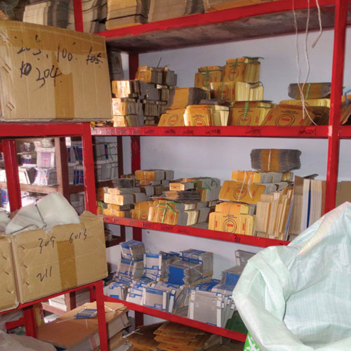 Counterfeiting: Shelves filled with fake NSK bearing boxes